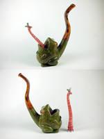 Frog pipe by Arcangelo-Ambrosi