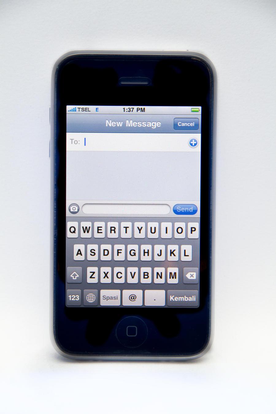 how to change to croatia keyboard on iphone