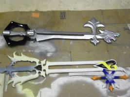 first pair of keyblades for otakon by finaformsora