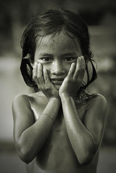 Phnom Phen Girl by burkinafazo