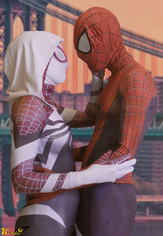 Spider Gwen ans Spiderman