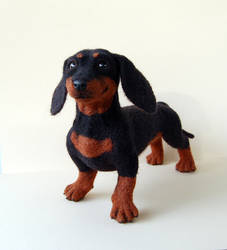 Needle felted dachshund by SkojSkoj