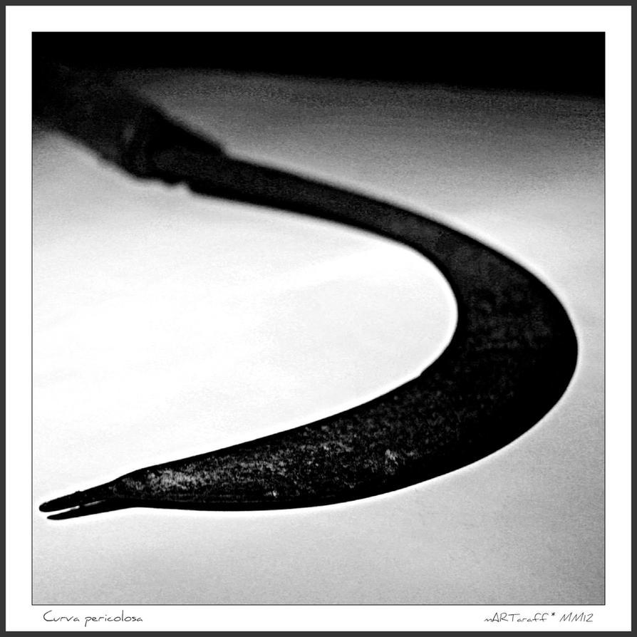 Curva pericolosa by martaraff