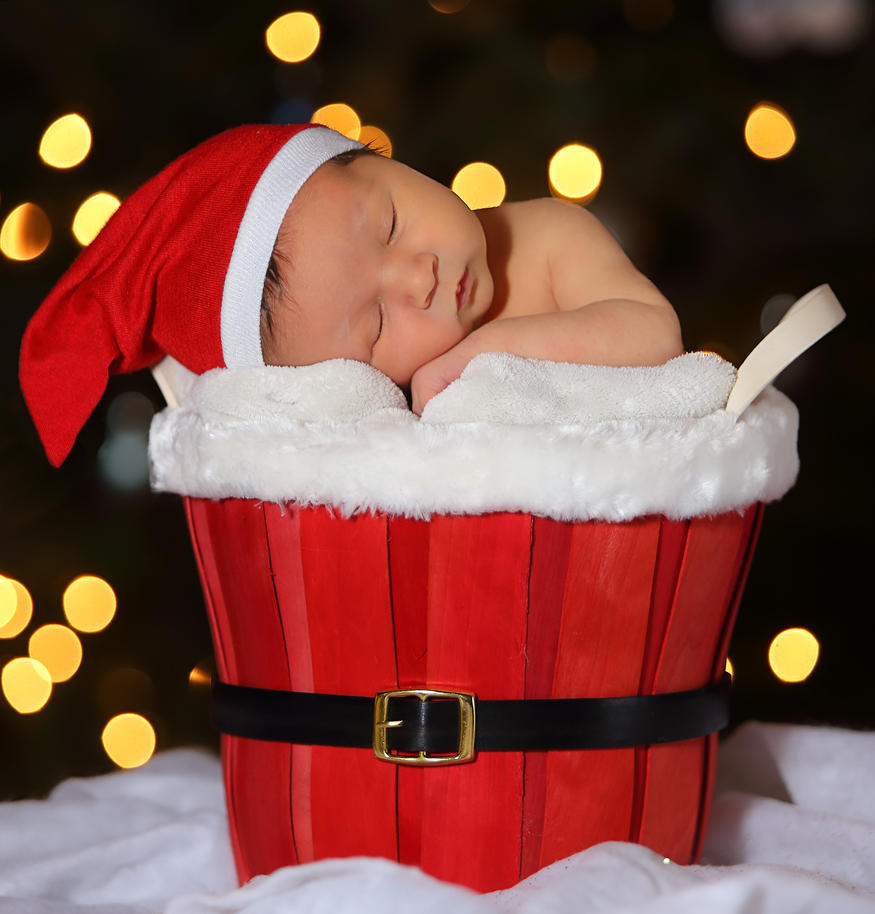 Asher:   Sleeping Santa by kurtywompus