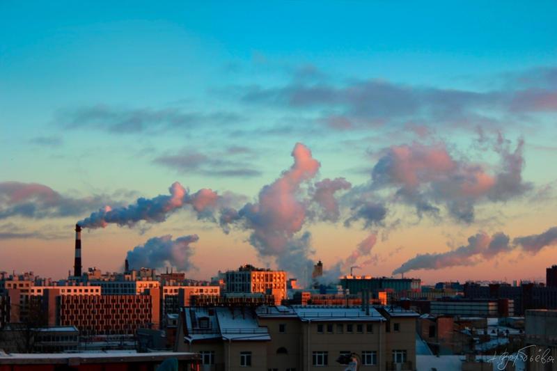 Urban Sky by silverwing-sparrow