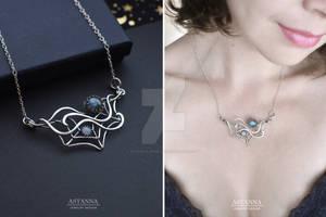 Spiderweb labradorite necklace