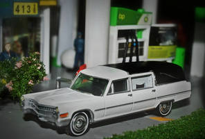 1966 Cadillac Miller-Meteor Endloader Hearse by humloch