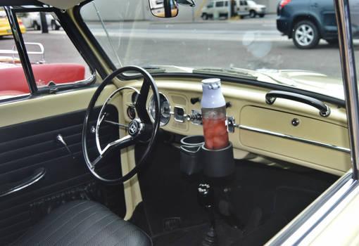 1964 Volkswagen Beetle Convertible (Restomod) 4