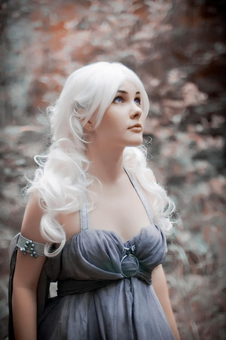 Daenerys Targaryen by FallFox on DeviantArt