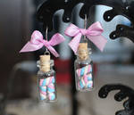 Pink'n'blue marshmallows.. in a bottle!
