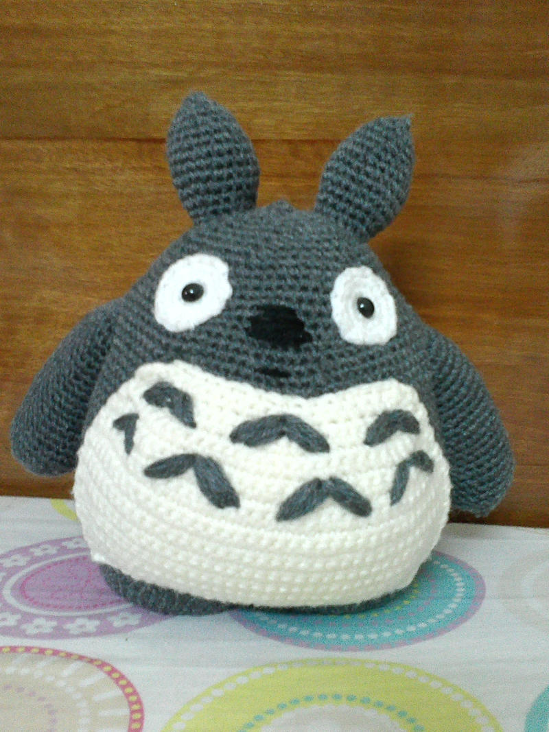 Totoro by NVkatherine