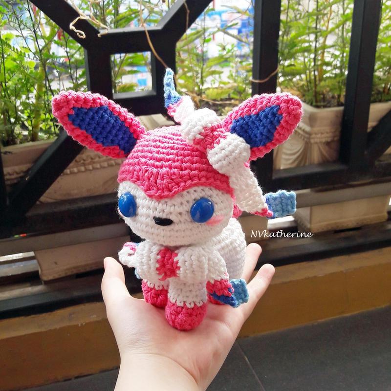 [FREE SHIPPING] Sylveon Amigurumi Crochet by NVkatherine
