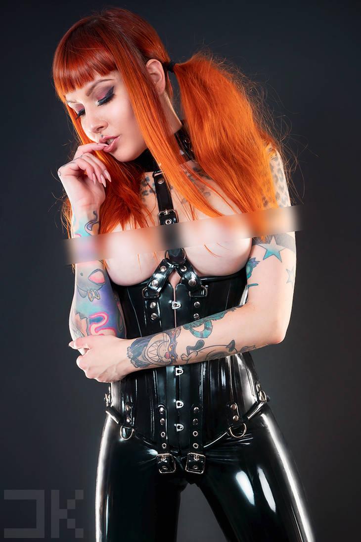 Psylocke - BlackLatex by Kopp-Photography