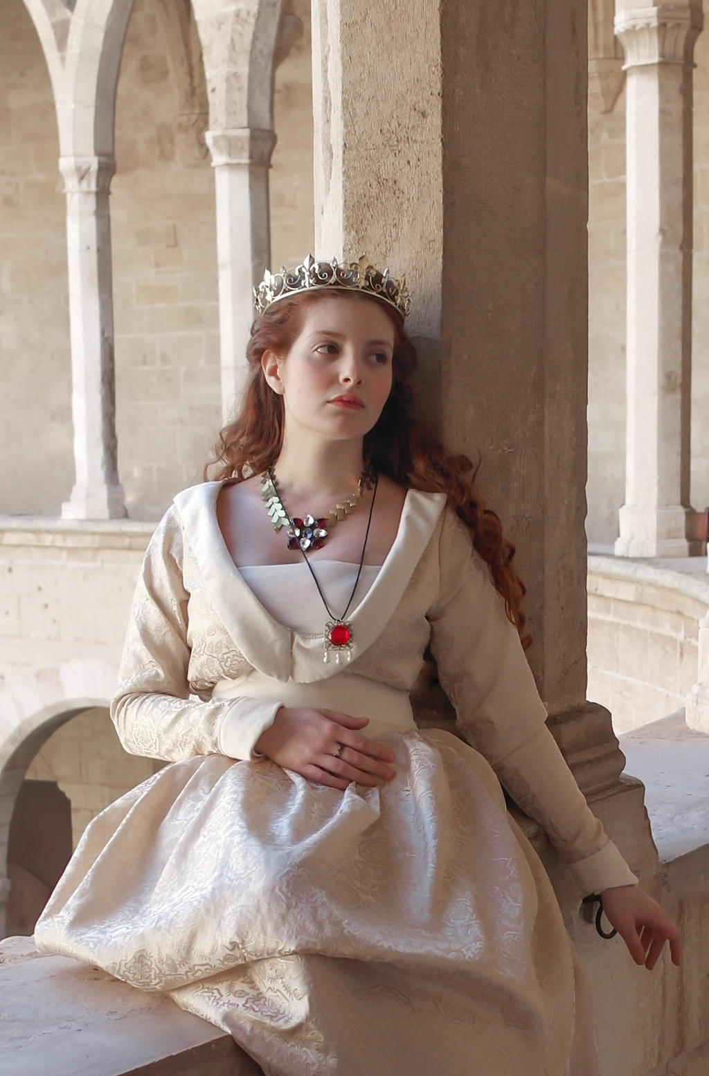 The white queen dress