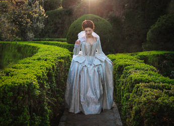 Early Jacobean court gown by SomniumDantis