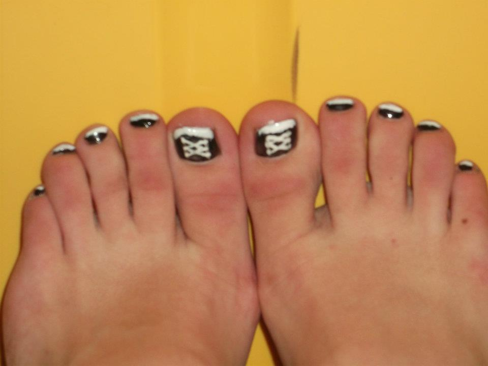 Converse Toe Nail Design By Winged Blackshell On Deviantart