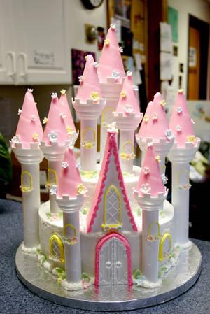 princess castle cake by pinkshoegirl