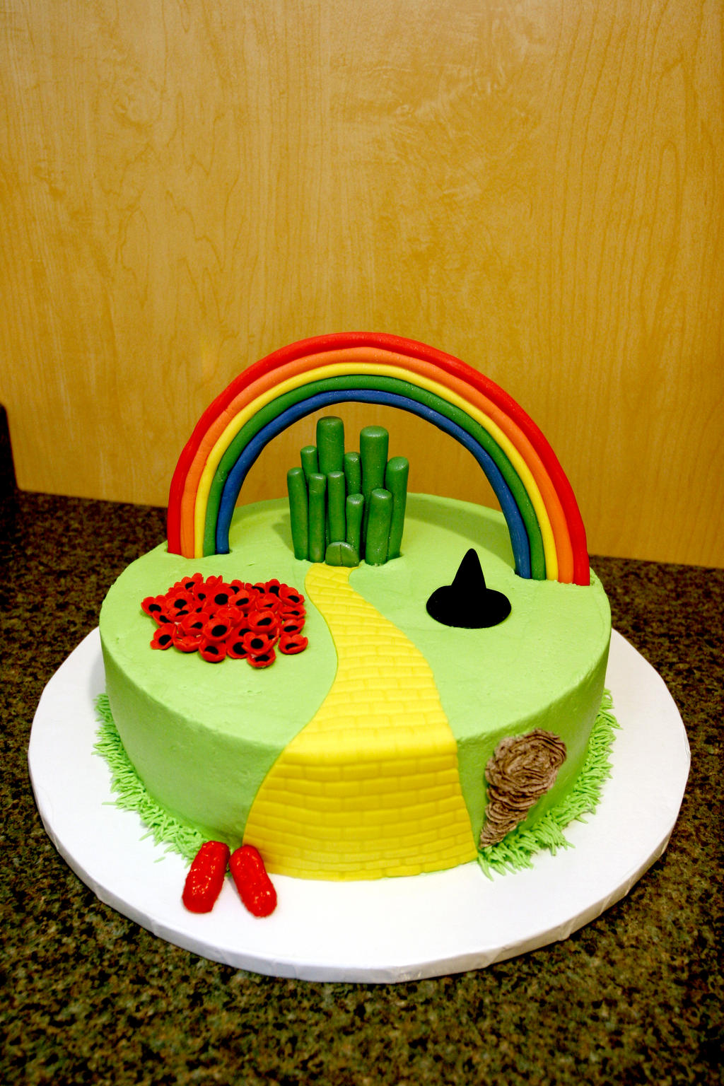 Cake Decorations For Wizard Of Oz : wizard of oz cake by pinkshoegirl on DeviantArt