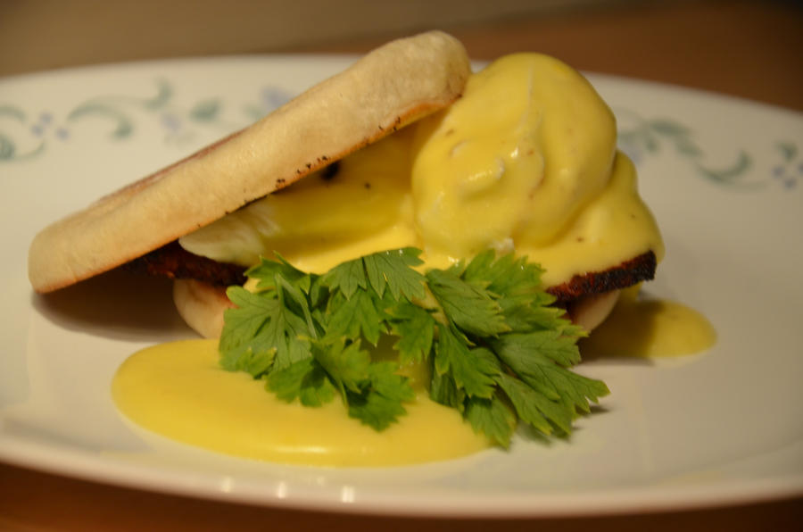 Eggs Benedict by HeartBreakEmoKid