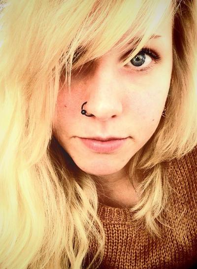 Blonde by KattFloka
