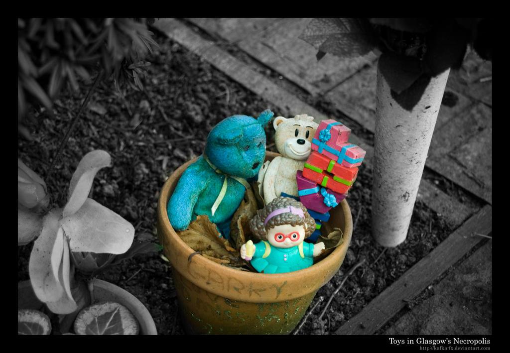 Toys in Glasgow's Necropolis by KaFKa-FX