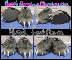 Avia's Outdoor feetpaws