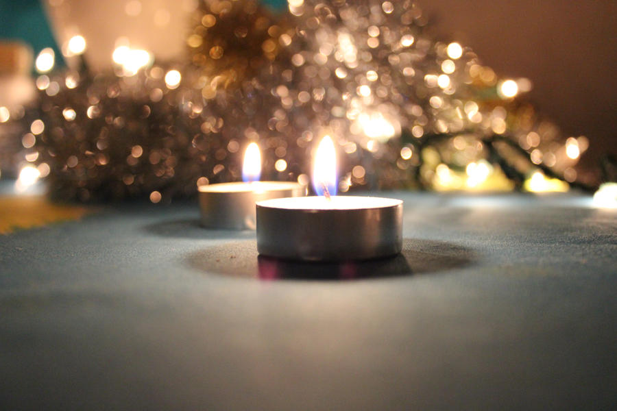 Candle + Bokeh by kato9stock