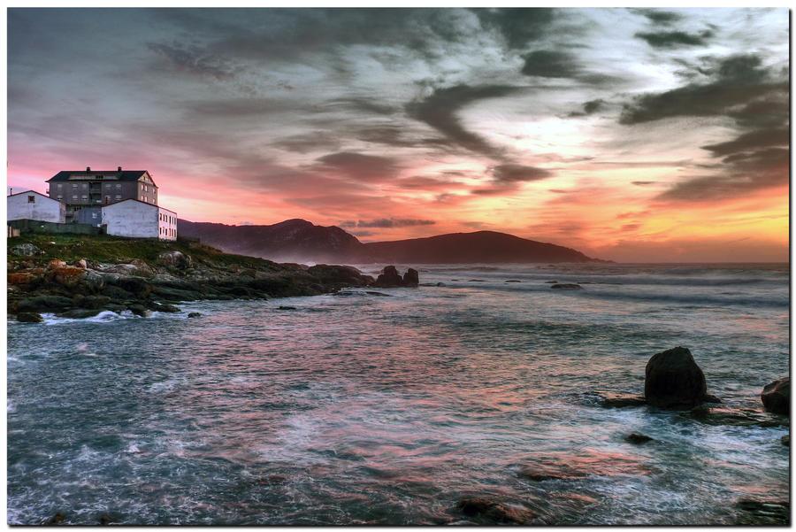 Sunset In Muxia by kiebitz