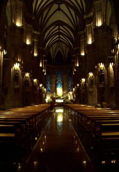 Interior del Santuario Guadalupano por la Noche