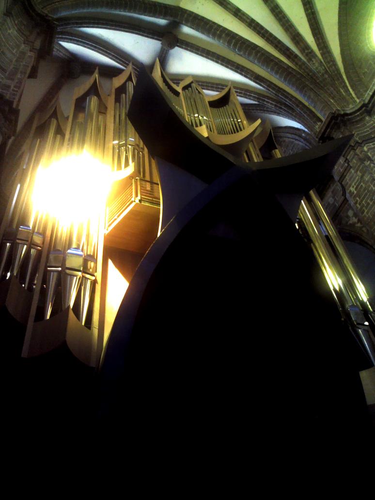 Pipe Organ inside the Santuario Guadalupano by tamalesyatole