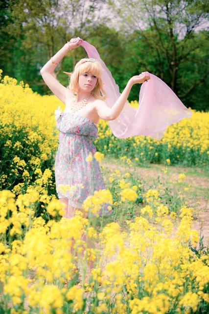 Feeling the wind by Saki-Kisu