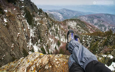 Relaxing on the edge