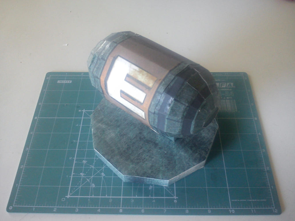 Metroid Energy Tank Papercraft by kymerazero