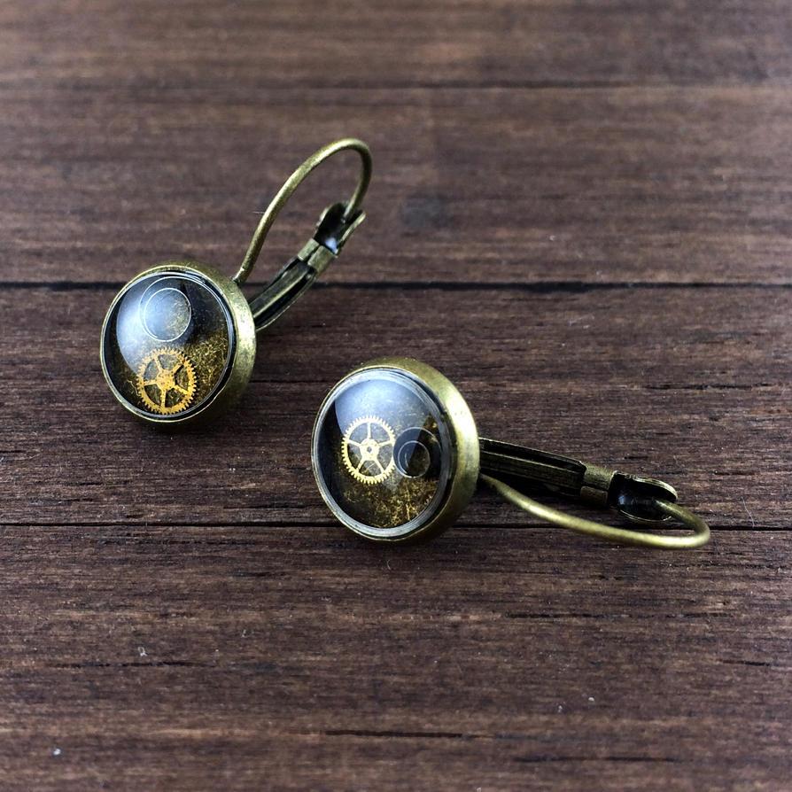 Steampunk earrings by NestreJewellery by nestre-jewellery