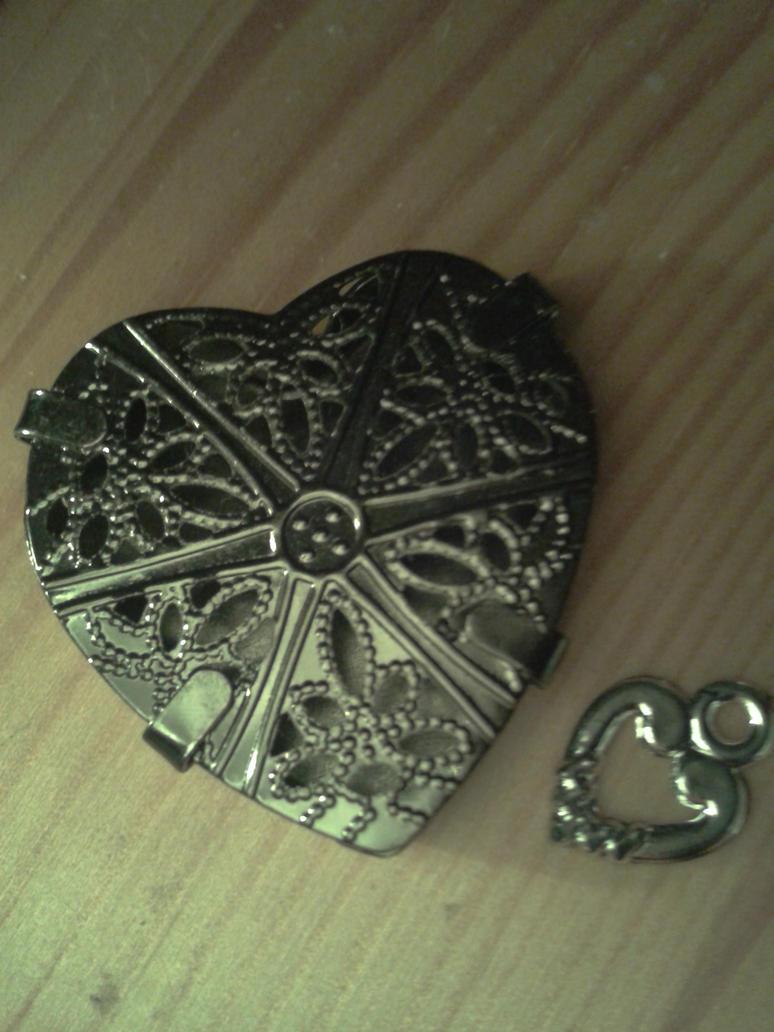Heart by Alphagoth