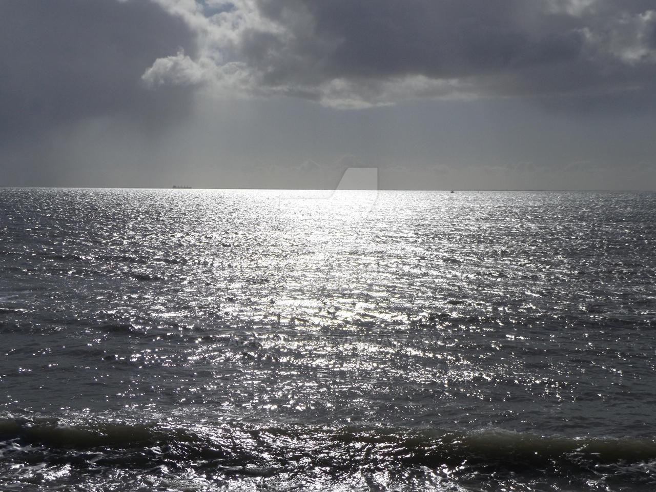 Quiet Sea by Alphagoth