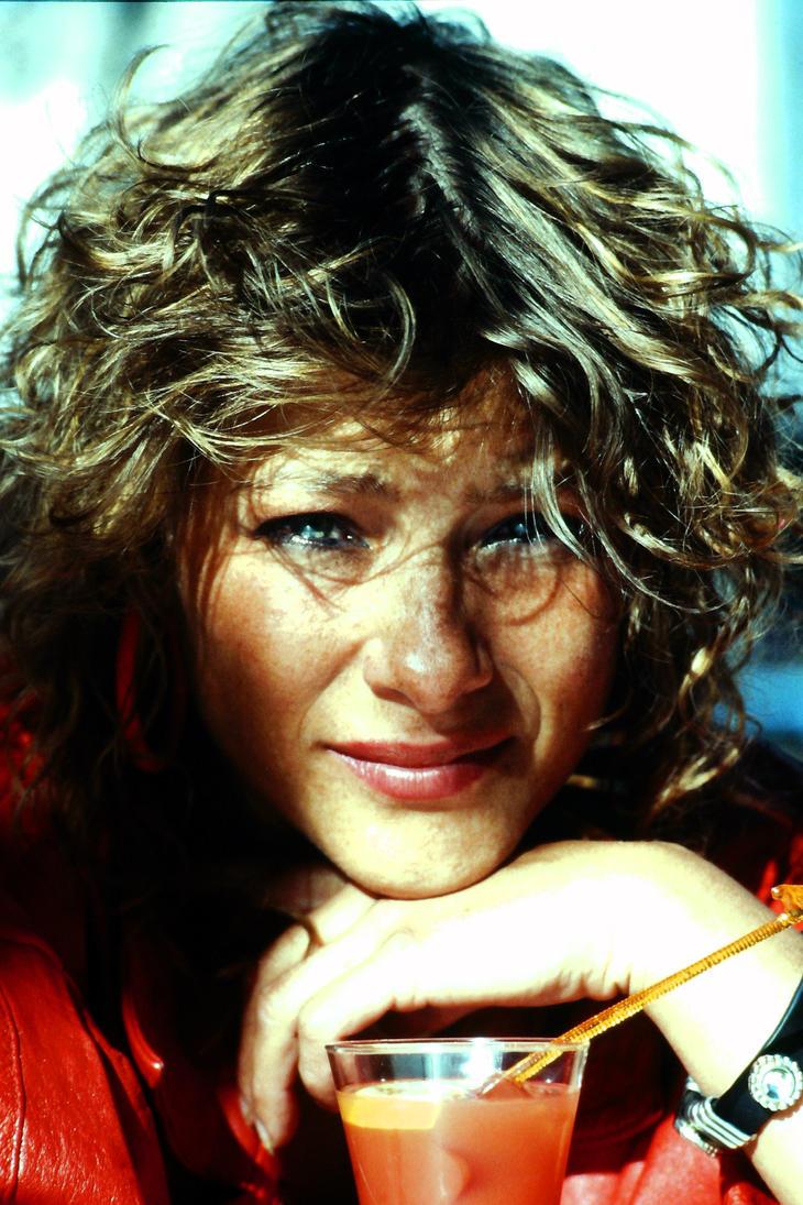 1980's BIG hair portrait by Londonglamourtog