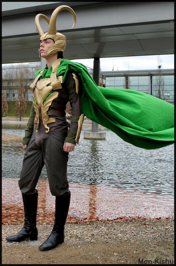 Loki Cosplay - LBM 2014 - Blowing in the Wind