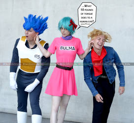 DBS Vegeta Bulma FutureTrunks Cosplay TFS ComicCon