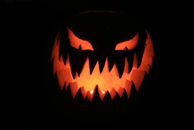 Evil mr pumpkin by junebug171 on deviantart for Evil pumpkin face template