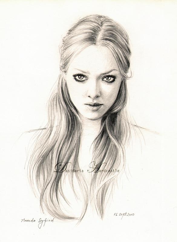 Amanda Seyfried drawing by dasidaria-art