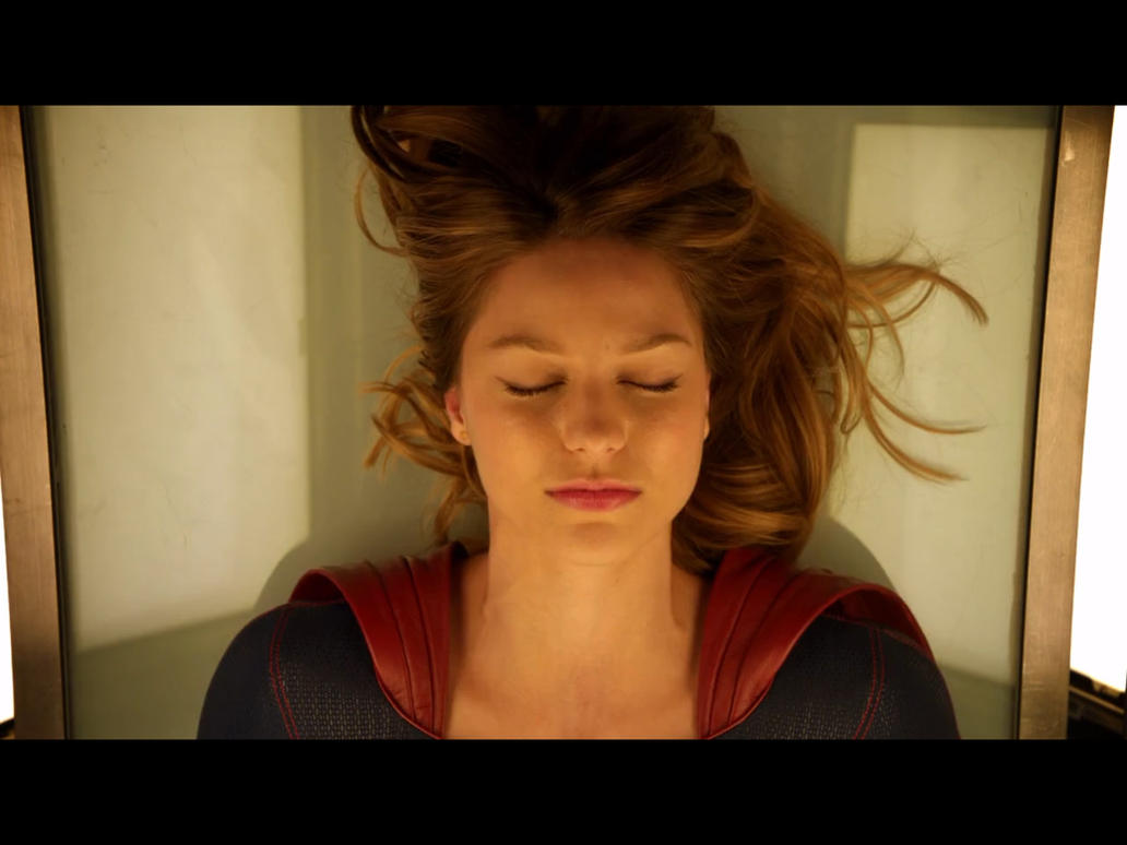 Supergirl (Melissa Benoist) Unconscious by uuuwee on ...