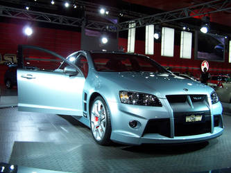 Holden HSV 08