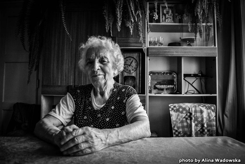 #3 Granny by LynnsMind