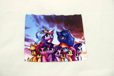 Mane 6 and princesses glasses cleaning cloth
