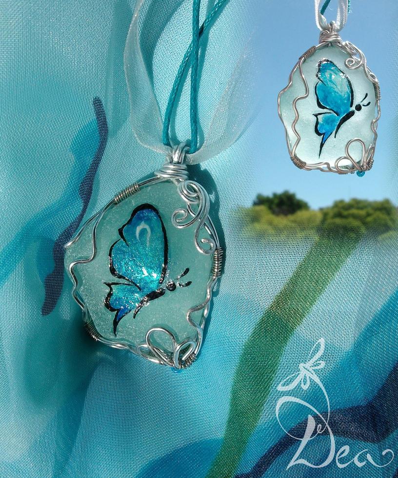 Butterfly in the Sky pendant by Dea-Art
