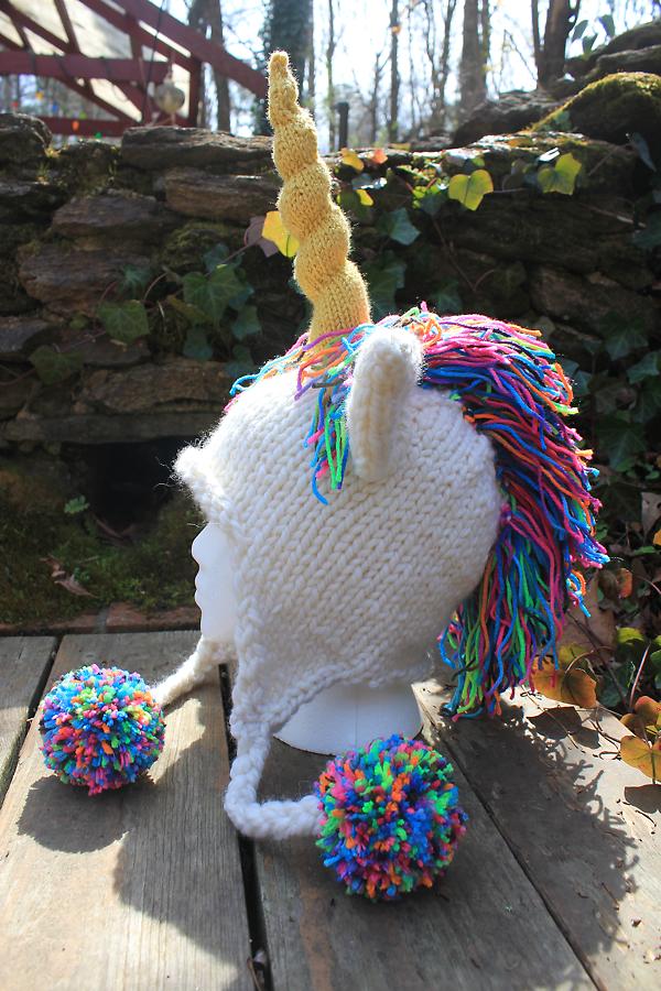 Unicorn Hat by emiko42