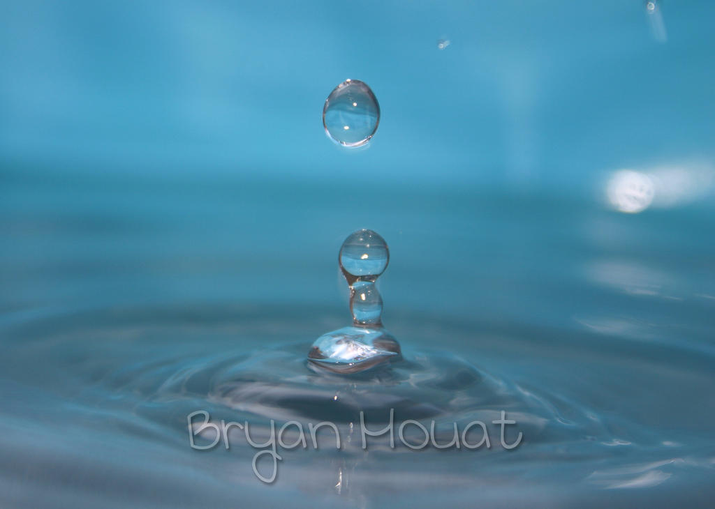 Blue Water Splash by Bmouat