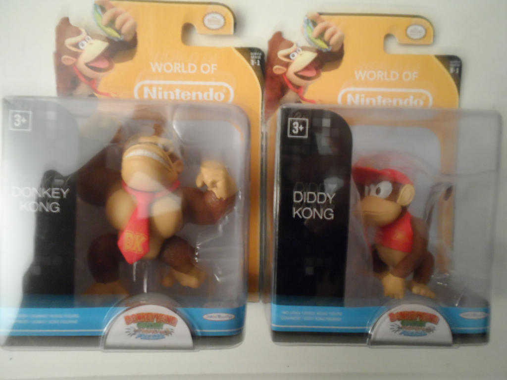 got Donkey kong and Diddy kong  mini figures by comicanimefan