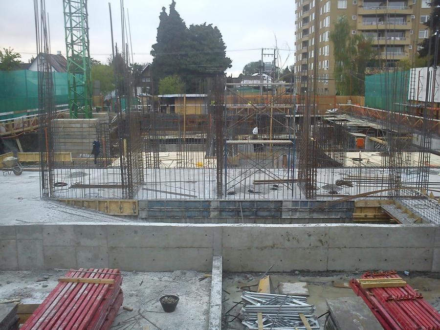 Construccion Edificio Dona Brisa Temuco-Chile. by sparkkow
